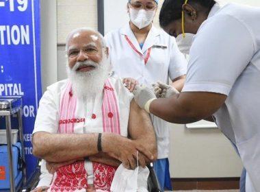 100 കോടി വാക്സിനേഷൻ നേട്ടവുമായി ഇന്ത്യ; ആരോഗ്യ പ്രവർത്തകർക്ക് നന്ദിയെന്ന് മോദി
